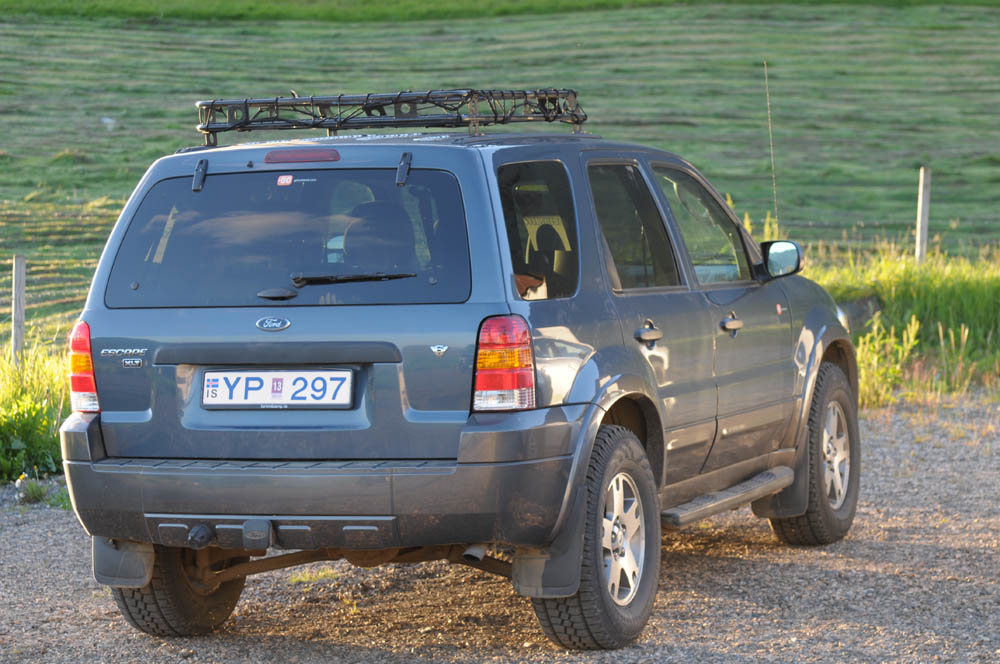 2012 Ford Escape (from GoIceland) with a very handy roof rack. Although it is an automatic (and autos can get overheated on the mountain track) it coped OK!